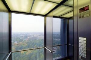 """Панорамные пассажирские лифты """"Thyssen"""" (Германия)"""